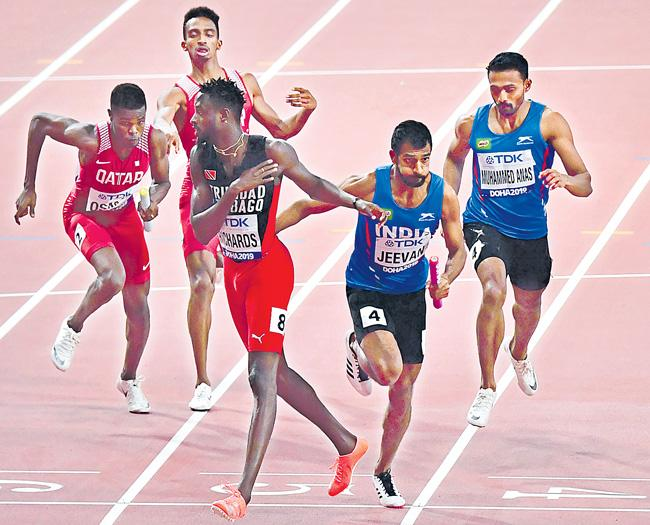 Men and Womens relay teams disappoint World Athletics Championships - Sakshi