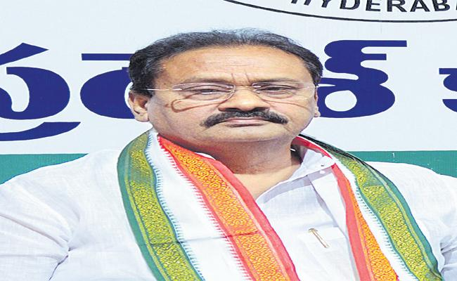 Shabbir Ali Critic CM KCR Over TSRTC Strike - Sakshi