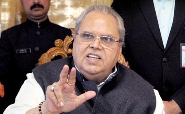 Satya Pal Malik Directs for Lifting of Security Advisory to Tourists - Sakshi