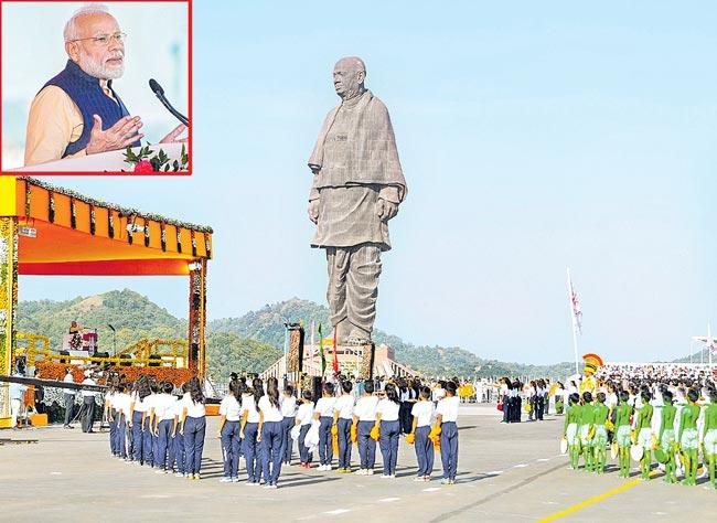 PM Modi dedicates Article 370 move to Sardar Patel - Sakshi