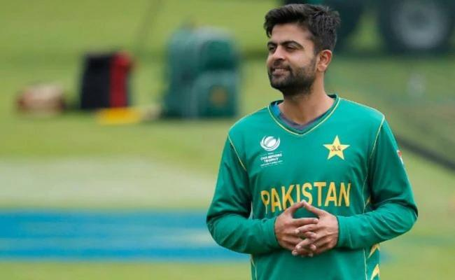 Ahmed Shehzad Charged With Ball Tampering - Sakshi