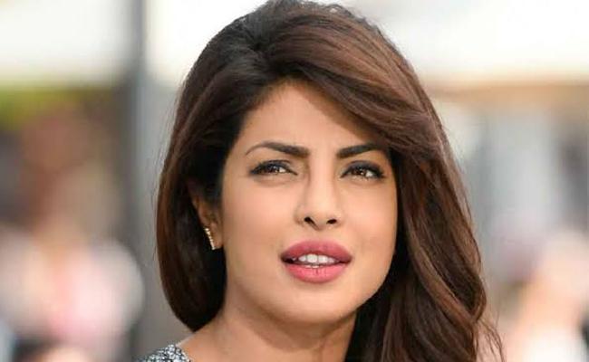 Priyanka Chopra own decisions after no stress  - Sakshi