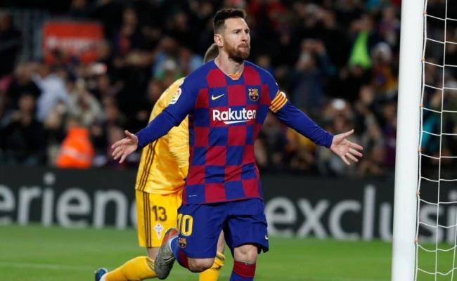 Messi Scores 34th Hat Trick Equals Ronaldo's Record - Sakshi