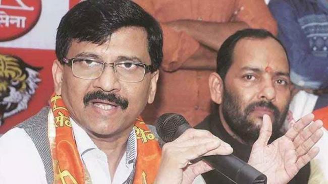 Sanjay Raut Says Shiv Sena Will Stake Claim To Form Govt If BJP Fails - Sakshi
