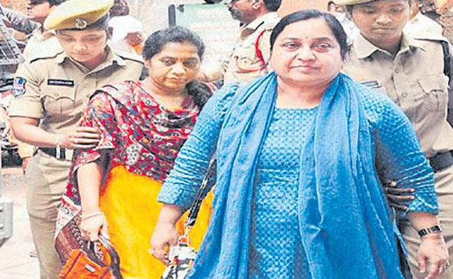 Devika Rani Not Cooperate With The ACB - Sakshi