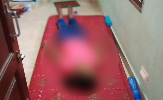 Pharmacy Student Commits Suicide In Bhimavaram - Sakshi