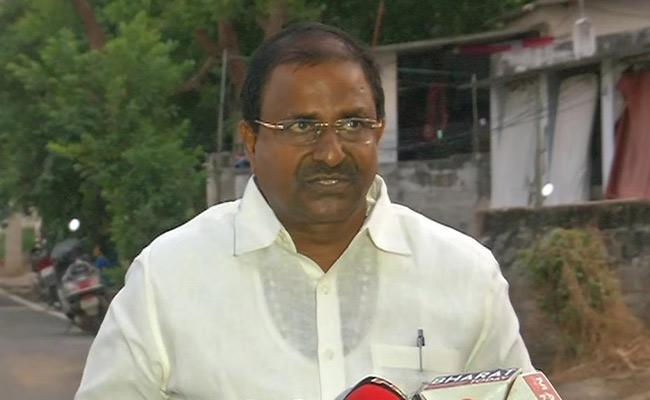 Somu Veerraju meets CM YS Jagan Mohan Reddy - Sakshi