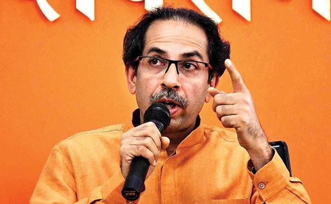Shiv Sena MP Arvind Sawant Quits From Union Minister - Sakshi