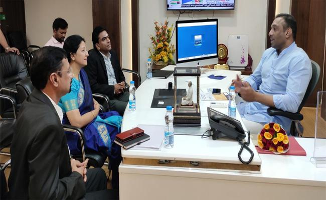 HCL Delegates Meet With Industry Minister Mekapati Goutham Reddy - Sakshi
