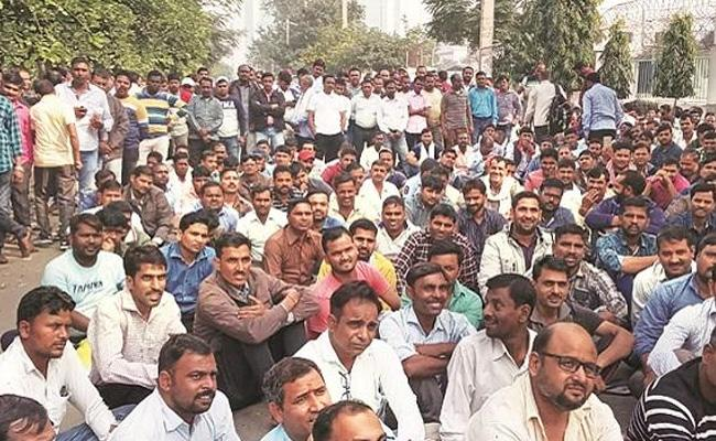 Honda Manesar operations suspended indefinitely as talks with workers fail - Sakshi