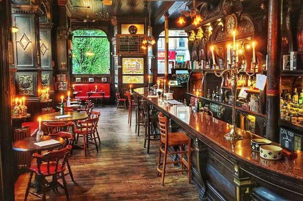 Kerala CM Pinarayi Vijayan Considers Opening Pubs In State - Sakshi