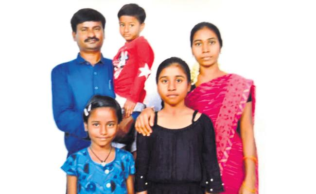 Husband Killed Wife in Hyderabad - Sakshi