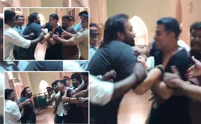 Akshay Kumar Shares Refutes Report Fallout With Rohit Shetty Reaction Video - Sakshi