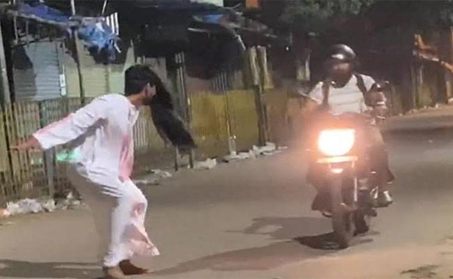 Ghost Prank Video, Cops Arrests Youtubers In Bengaluru - Sakshi