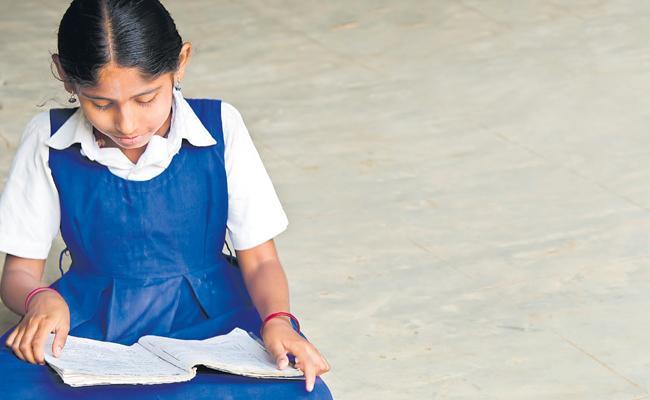 Mahatma Jyotiba Phule Started New Method To Develop Studies In Telangana - Sakshi