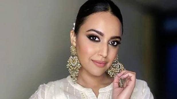 Swara Bhasker Responds On Aunty Controversy - Sakshi