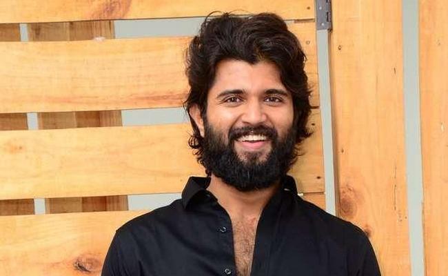 Vijay Devarakonda Green Challenge From Arvind Kumar - Sakshi