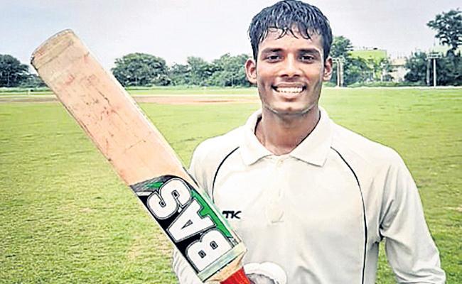 HCA Two Day League Harshvardhan Get Double Century - Sakshi