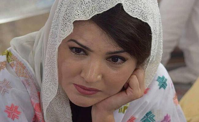 Pak PM Imran Khan Ex-Wife Wins Defamation Case in UK Royal Court - Sakshi