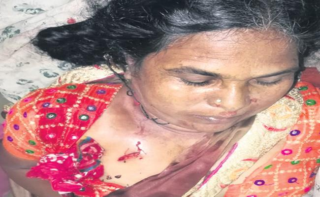 Drunk Son Killed His Mother At Vikarabad District - Sakshi