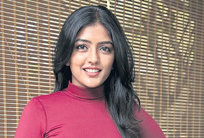 Eesha Rebba joins Lust Stories Telugu version - Sakshi