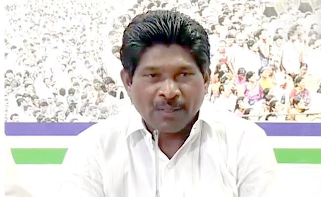 YSRCP MLA Rakshana Nidhi Fires On Chandrababu - Sakshi