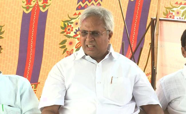 Undavalli Arun Kumar Speech In East Godavari Over CM Jagan Government - Sakshi