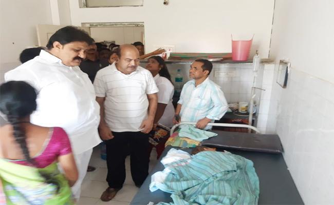 Rachamallu Shiva Prasad Reddy Visit Injured Boy in Hospital - Sakshi