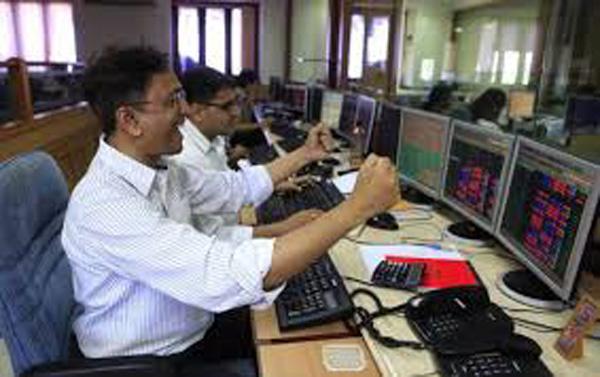 Sensex Jumps On RBI Rate Cut Hopes - Sakshi