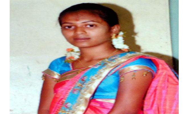Women Committed Suicide In Nellore - Sakshi