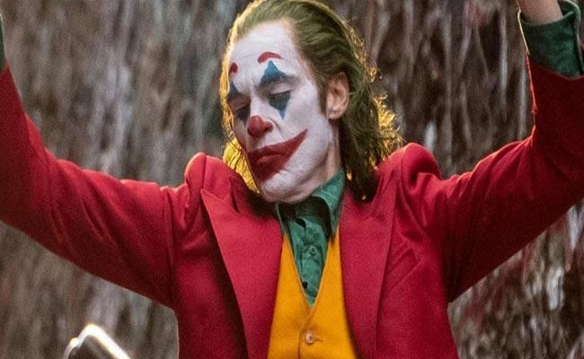 Joaquin Phoenix Joker Becomes First R rated Film To Cross 1Billion worldwide - Sakshi
