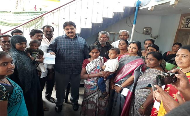 MLA Rachamallu Says Those Who Are In Distress Are My Soul Mates - Sakshi