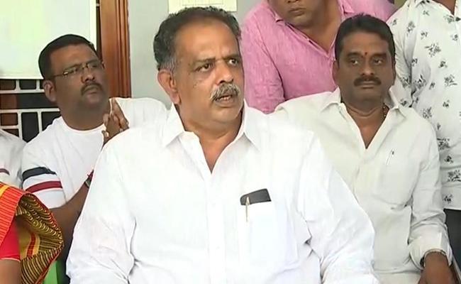 Boppana Bhava Kumar Fires On Gadde Rammohan In Vijayawada - Sakshi