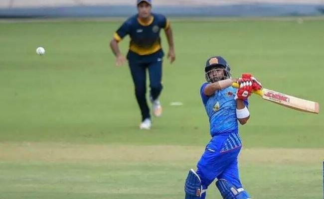 Prithvi Shaw Fires With 63 Runs In Mushtaq Ali Trophy  - Sakshi