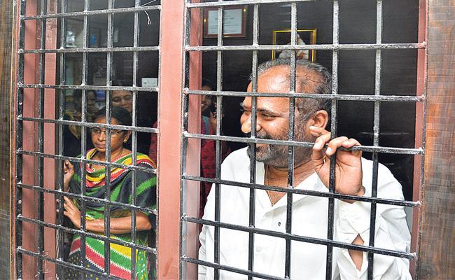 TSRTC Strike: RTC Employees Hunger Strike Across - Sakshi
