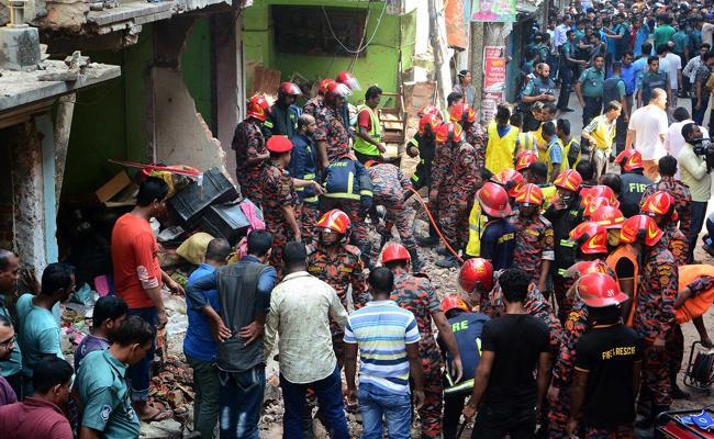 Seven Killed In Gas Explosion In Bangladesh - Sakshi