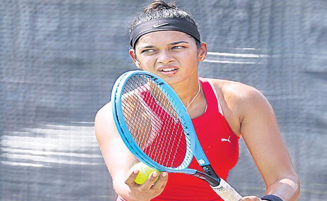 Sowjanya Bavisetti Got Place In India Women Tennis Team - Sakshi