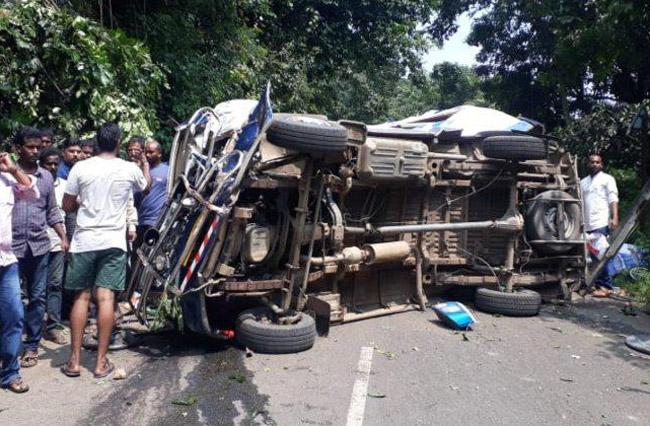 Over Speed, Rash Driving Caused 82 Percent Accident Deaths in AP - Sakshi