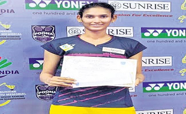 Ruthvika Shivani Won All-India Senior Ranking Badminton Tournament - Sakshi