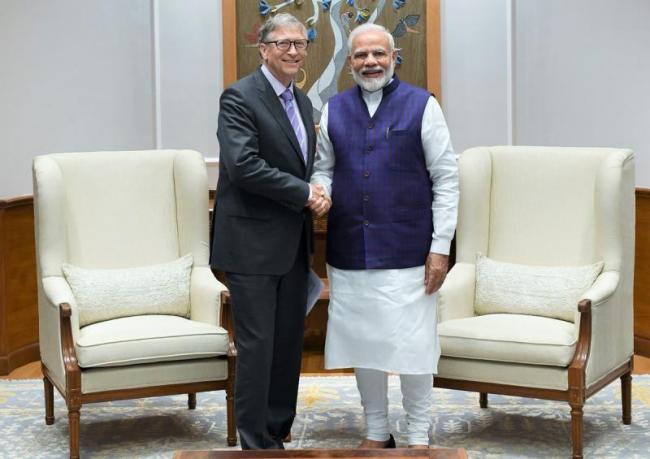 Bill Gates Meets PM Narendra Modi In Delhi - Sakshi