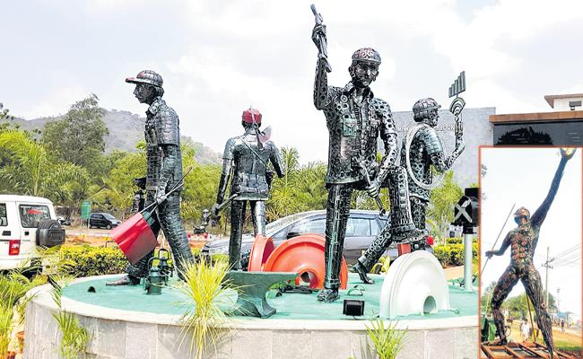 Artwork masterpieces with old iron and vehicle spare parts - Sakshi
