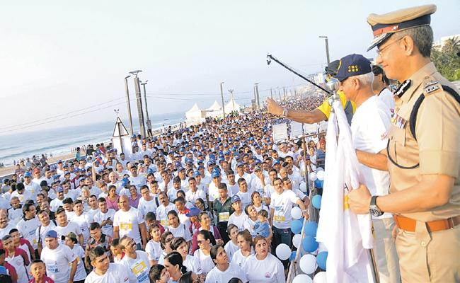 Vizag Navy Marathon As Grand Scale - Sakshi