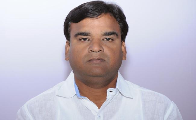 Deputy CM Amjad Basha Issued a Press Release on Subsidizing the Pilgrims - Sakshi