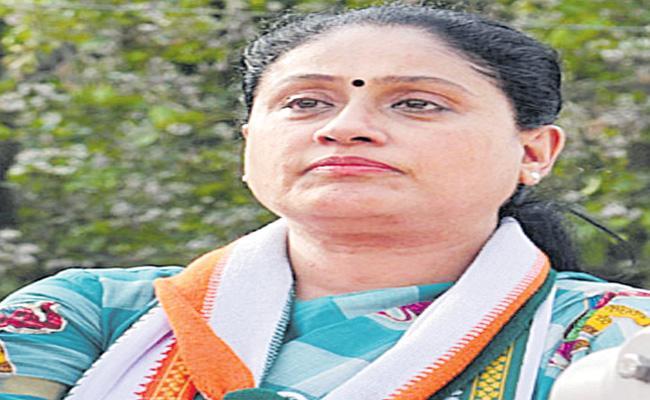 Vijayashanti Fires On CM KCR - Sakshi