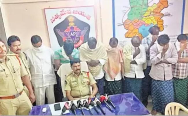 West Godavari Police Arrested Nine People In Murder Case - Sakshi