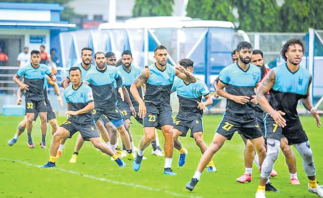 ISL:Hyderabad FC To Face Kerala Blasters - Sakshi