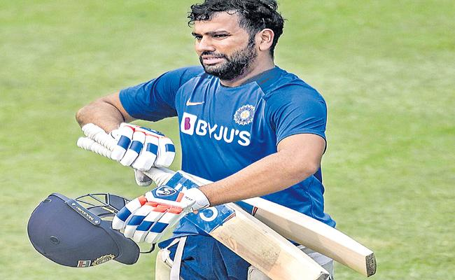 Rohit Sharma Fit For First T20 Match Against Bangladesh Says BCCI - Sakshi