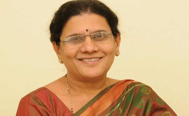 Former MLA Aleti Annapurna Resign To TDP - Sakshi
