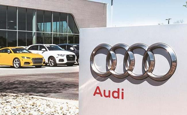Audi India cuts SUV Q5, Q7 prices by up to Rs 6 lakh for limited period - Sakshi