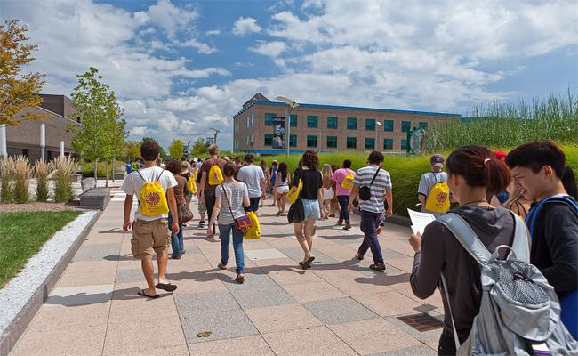 China and India top the list of foreign students in American universities - Sakshi